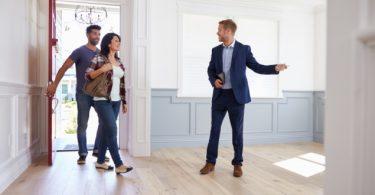 Aluguel com imobiliária